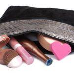 145104-425×282-Small-zippered-makeup-bag